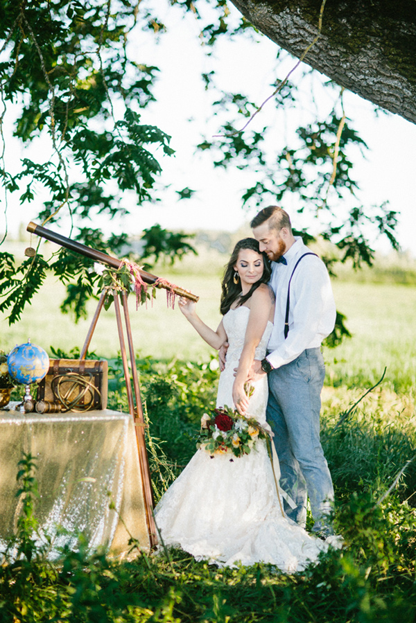 telescope wedding - photo by Dawn Photography http://ruffledblog.com/galileo-inspired-wedding-ideas