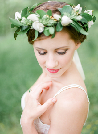 Flower crown | Lissa Ryan Photography | see more on: http://burnettsboards.com/2015/10/ballet-boudoir/