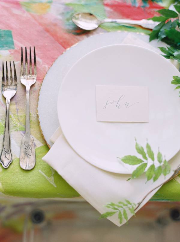 modern place setting - photo by Nicole Berrett Photography http://ruffledblog.com/hand-painted-wedding-inspiration
