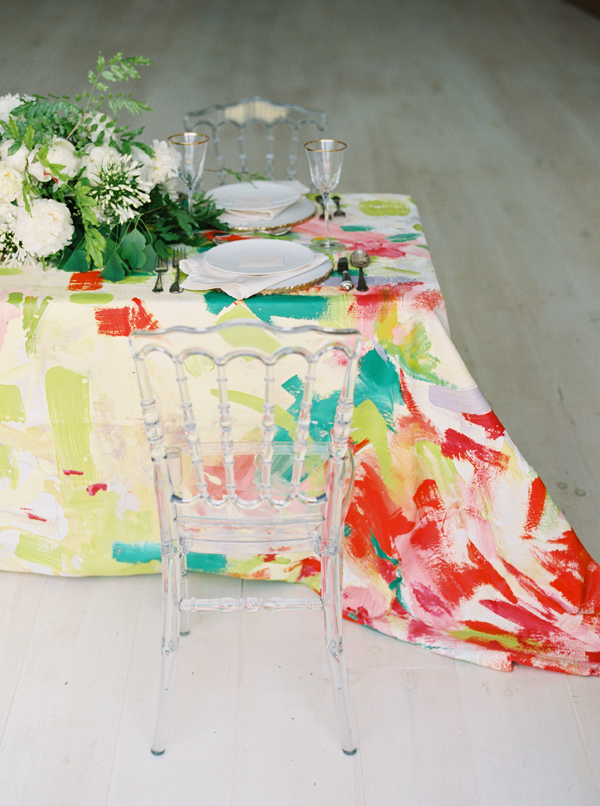 painted table cloth - photo by Nicole Berrett Photography http://ruffledblog.com/hand-painted-wedding-inspiration