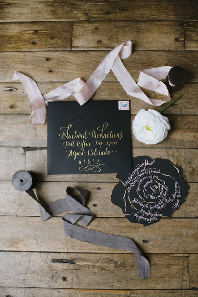 Black wedding invitations with gold calligraphy ⎟Andy Barnhart Photography ⎟ see more on: http://burnettsboards.com/2015/10/black-swan-wedding/