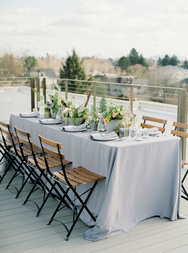 Industrial rooftop wedding tablescape | Christa Taylor Photography | see more on: http://burnettsboards.com/2015/11/urban-industrial-rooftop-wedding/