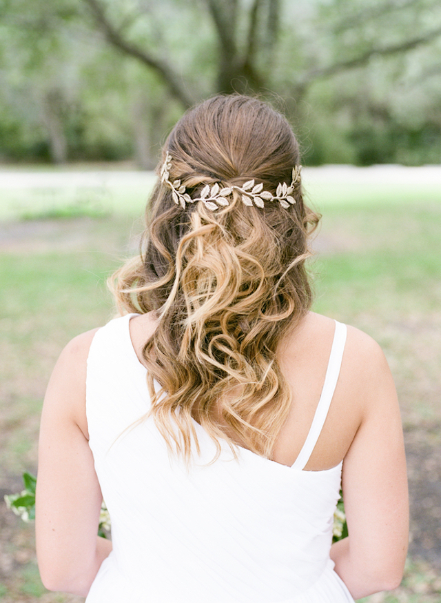 Gold leaf headpiece | Stephanie Rawcliffe Photography | see more on: http://burnettsboards.com/2015/11/blush-green-outdoor-bridal-session/