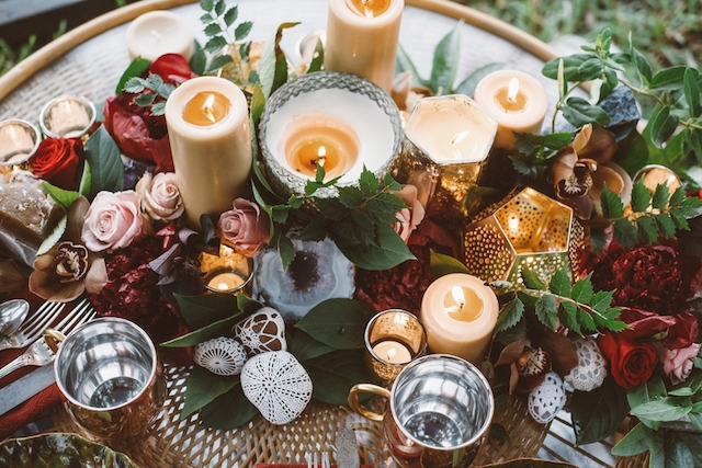 Brass and marsala tablescape with candles | Jessi Field Photography | see more on: http://burnettsboards.com/2015/11/stylish-elopement-wedding/