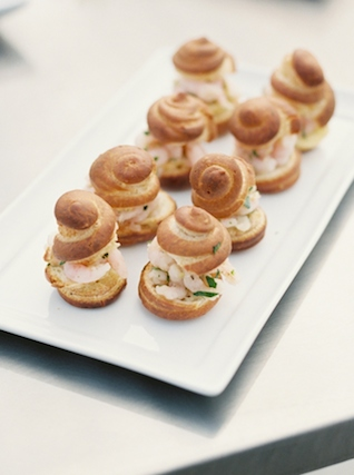 Shrimp appetizers | Christa Taylor Photography | see more on: http://burnettsboards.com/2015/11/urban-industrial-rooftop-wedding/