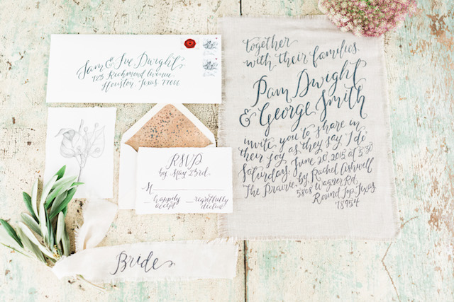 Calligraphy on linen wedding invitations | Sharon Nicole Photography | see more on: http://burnettsboards.com/2015/11/modernly-rustic-texas-hill-country-wedding/