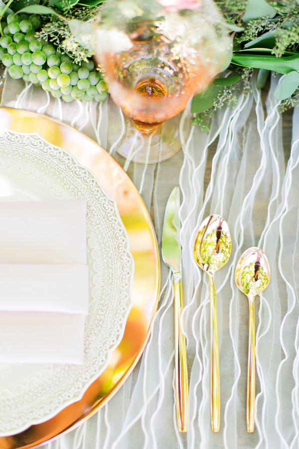 gold flatware - photo by Milou and Olin http://ruffledblog.com/romantic-blush-winery-wedding
