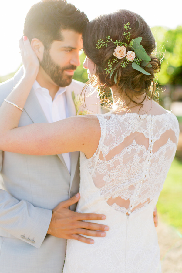 bride and groom - photo by Milou and Olin http://ruffledblog.com/romantic-blush-winery-wedding