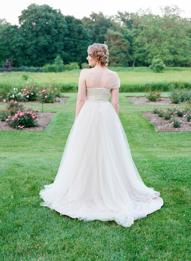 Blush wedding dress | Tulip + Rose Photography | see more on: http://burnettsboards.com/2015/11/manets-luncheon-grass-wedding-inspiration/