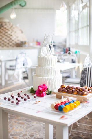 Unique wedding cake | Roberta Facchini Photography | see more on: http://burnettsboards.com/2015/11/italian-bridal-preparation-inspiration/