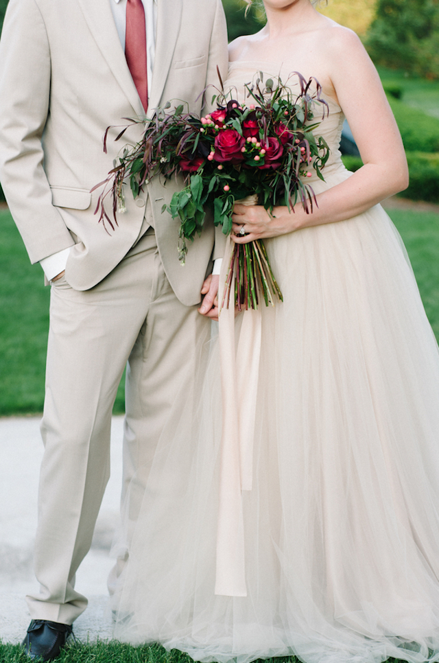 Marsala bridal bouquet | Tulip + Rose Photography | see more on: http://burnettsboards.com/2015/11/manets-luncheon-grass-wedding-inspiration/