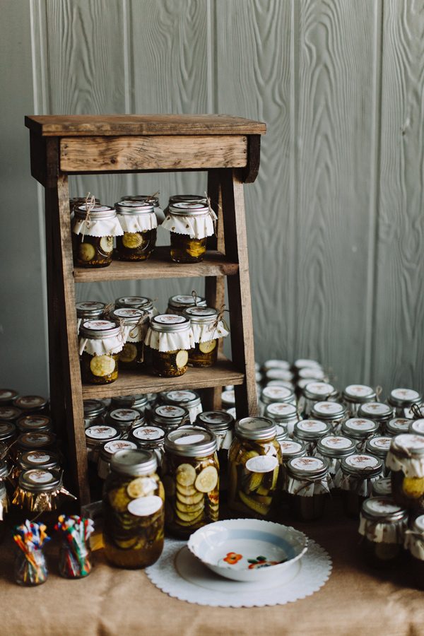 jam wedding favors - photo by With Love and Embers http://ruffledblog.com/valley-crest-farm-wedding