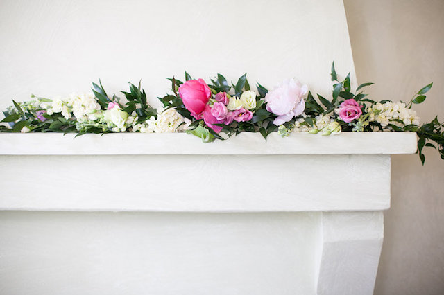 Flower adorned fireplace | Roberta Facchini Photography | see more on: http://burnettsboards.com/2015/11/italian-bridal-preparation-inspiration/