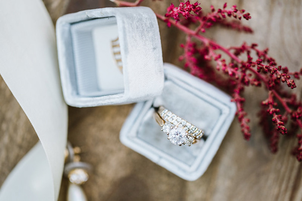 engagement ring - photo by Annmarie Swift Photography http://ruffledblog.com/autumn-orchard-romance-inspiration-shoot