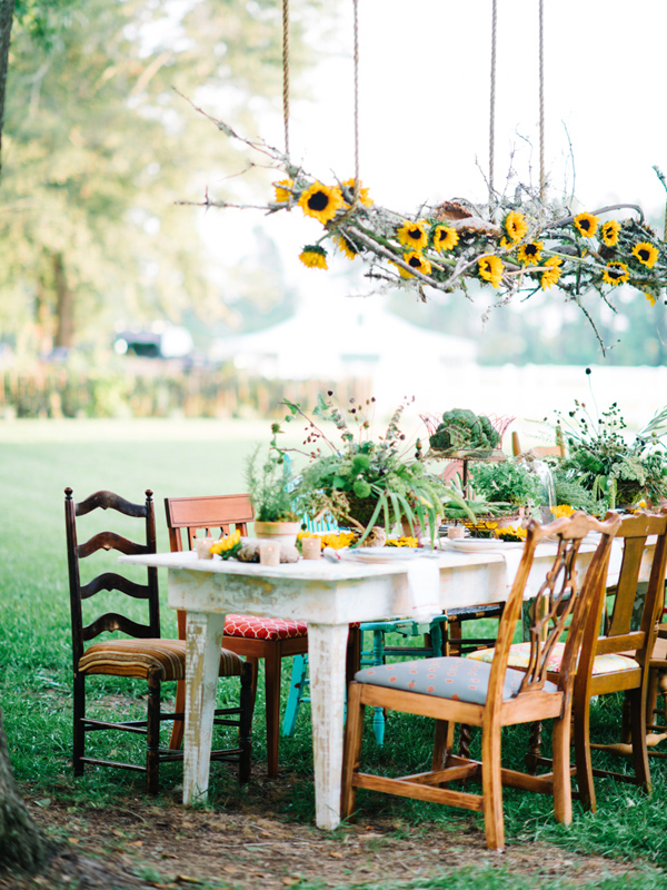 bohemian styled southern wedding inspiration - photo by Pasha Belman Photography http://ruffledblog.com/bohemian-styled-southern-wedding-inspiration