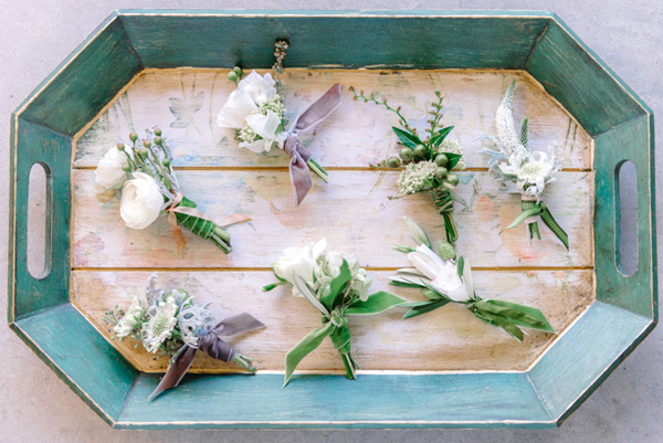 Ruffled - photo by Pasha Belman Photography http://ruffledblog.com/bohemian-styled-southern-wedding-inspiration