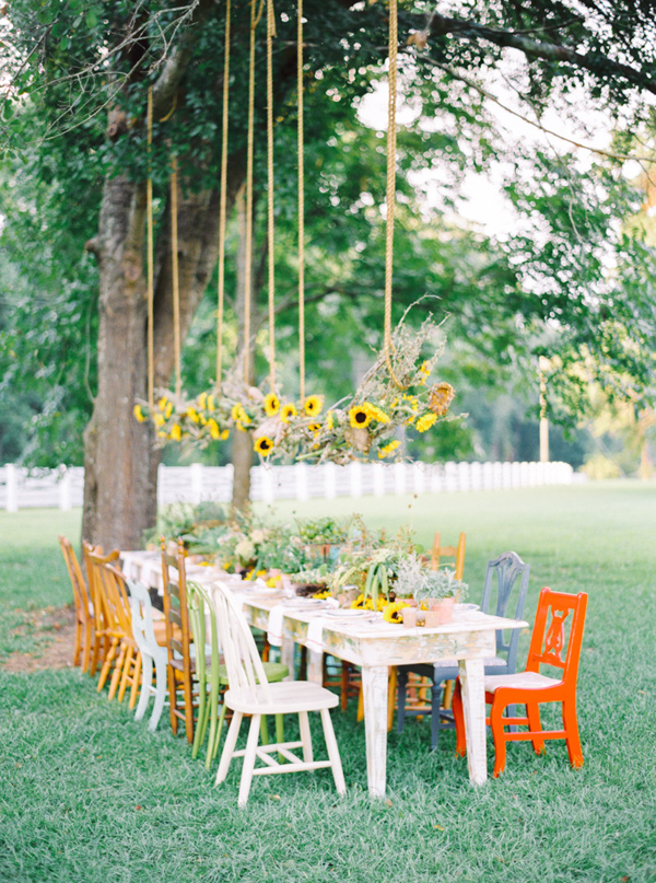 sunflower display - photo by Pasha Belman Photography http://ruffledblog.com/bohemian-styled-southern-wedding-inspiration