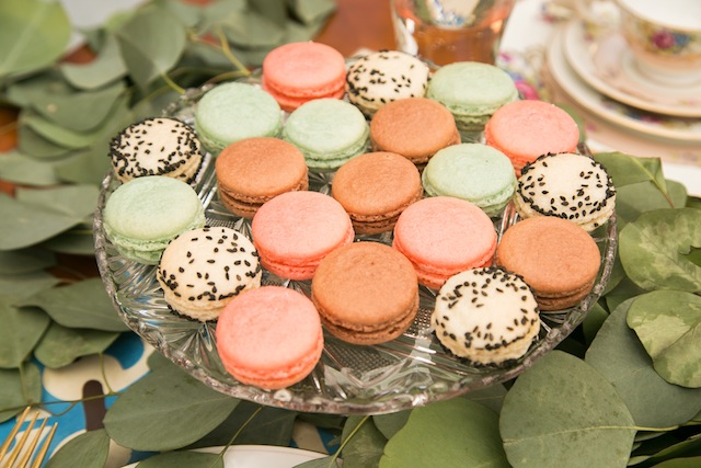 Macarons | K+B Photo | see more on: http://burnettsboards.com/2015/11/fun-flirty-bridal-shower/
