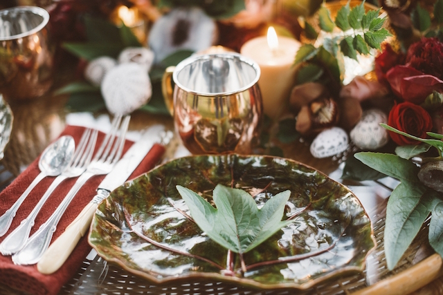 Autumn place setting | Jessi Field Photography | see more on: http://burnettsboards.com/2015/11/stylish-elopement-wedding/