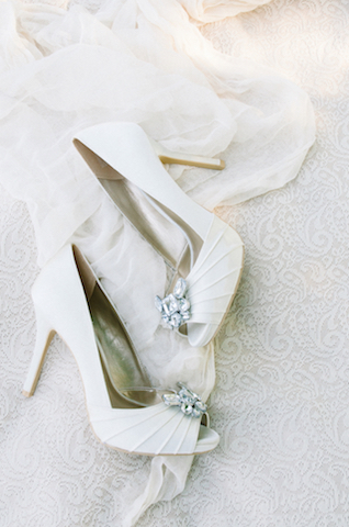 White wedding shoes | Tulip + Rose Photography | see more on: http://burnettsboards.com/2015/11/manets-luncheon-grass-wedding-inspiration/