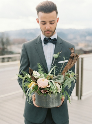 Industrial centerpiece | Christa Taylor Photography | see more on: http://burnettsboards.com/2015/11/urban-industrial-rooftop-wedding/