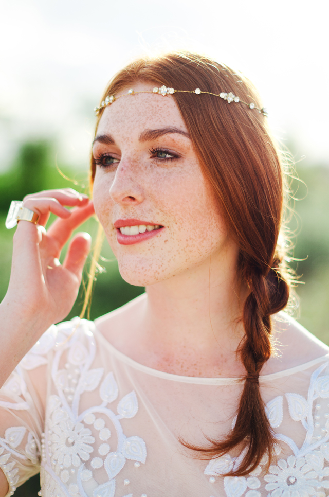Corrine Smith Designs Headpiece | Catherine Noble Photography | see more on: http://burnettsboards.com/2015/11/bridals-british-beach/