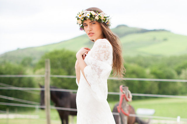 Flower crown | Roberta Facchini Photography | see more on: http://burnettsboards.com/2015/11/italian-bridal-preparation-inspiration/