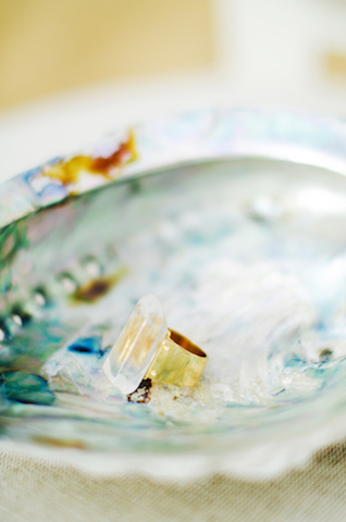 Unique stone ring | Catherine Noble Photography | see more on: http://burnettsboards.com/2015/11/bridals-british-beach/