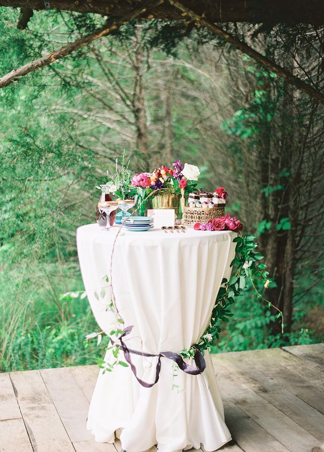Dessert table | Julie Paisley Photography and Cedarwood Weddings | see more on: http://burnettsboards.com/2015/11/rustic-jewel-toned-wedding/