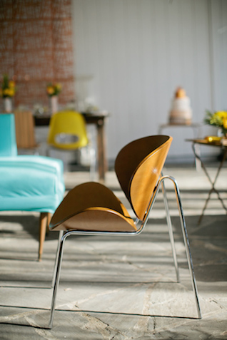 Retro chair | Kristyn Hogan and Cedarwood Weddings | see more on: http://burnettsboards.com/2015/12/yellow-metallic-mod-wedding/