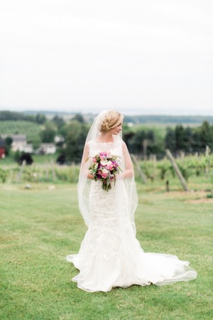 Sophisticated Bride - Dan and Melissa Photography