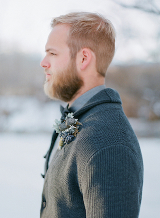Textural groom's boutonierre | Shannon Von Eschen Photography | see more on: http://burnettsboards.com/2015/12/grooms-shoot/