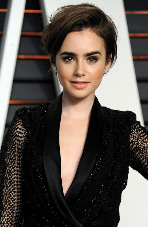 Lily Collins' Edgy Pixie