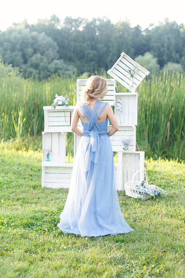 Blue tulle gown | Stasya Dementyeva Photography | see more on: http://burnettsboards.com/2015/12/sky-inspired-engagement/