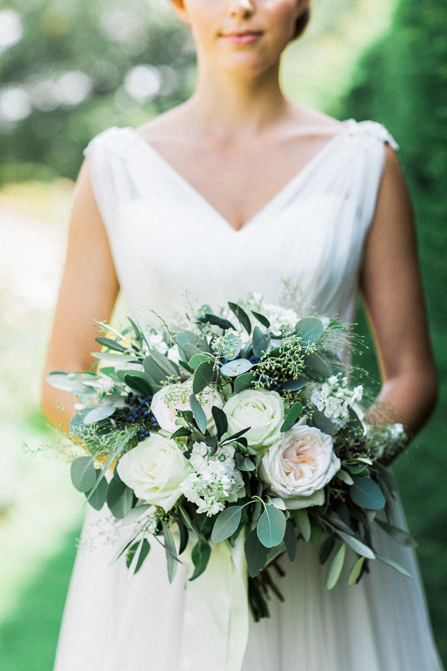 Garden wedding bridal bouquet | Bowtie and Belle Photography | see more on: http://burnettsboards.com/2015/12/grecian-garden-wedding-inspiration/