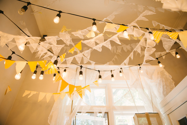 Craft night decor | GingerSnap Photography | see more on: http://burnettsboards.com/2015/12/craft-night-workshop/