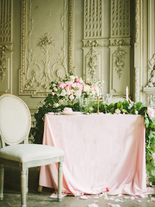 Blush pink fairytale wedding reception | Rodion Shapor Photography | see more on: http://burnettsboards.com/2015/12/fairytale-rose-quartz-wedding-inspiration/