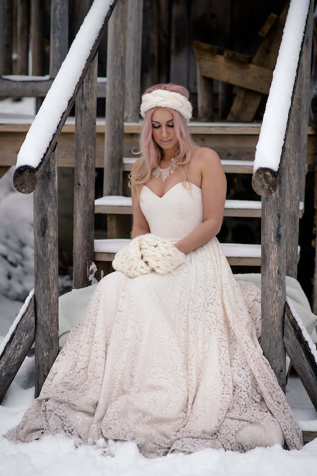 Truvelle wedding dress with dip dye detail | Lovely Peonies Photography | see more on: http://burnettsboards.com/2015/12/cozy-winter-wedding-knit-details/