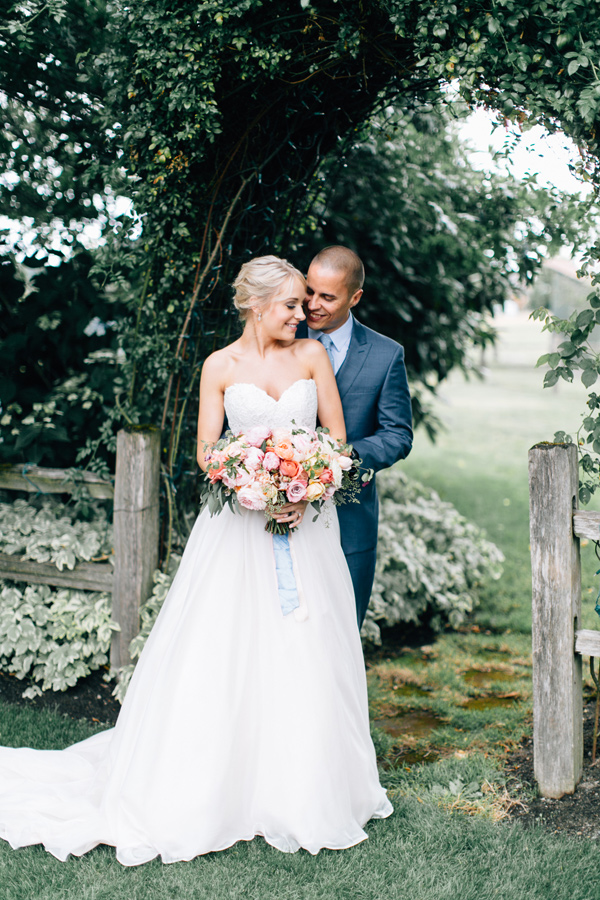 fairytale cottage wedding at Craven Farm - photo by Lora Grady Photography http://ruffledblog.com/fairytale-cottage-wedding-at-craven-farm