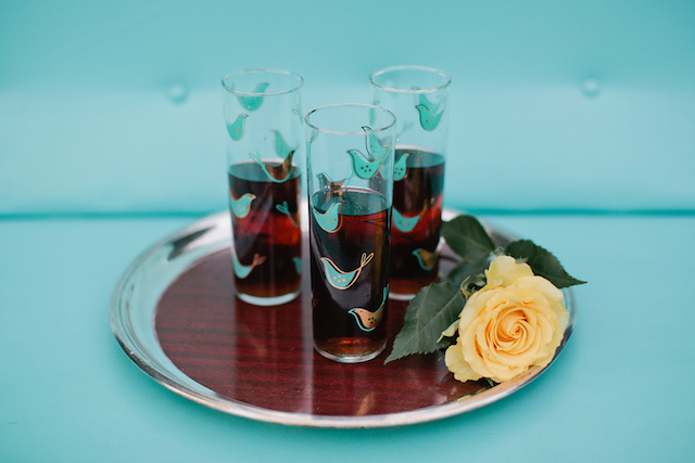 Retro glassware | Kristyn Hogan and Cedarwood Weddings | see more on: http://burnettsboards.com/2015/12/yellow-metallic-mod-wedding/