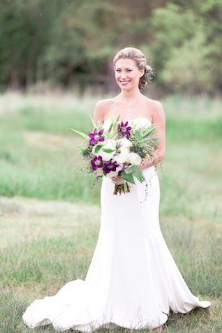Purple bridal bouquet | Chris Loring Photography | see more on: http://burnettsboards.com/2015/12/roots-shoot-an-elegant-organic-farm-wedding/