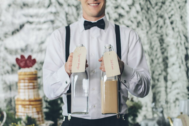Hot chocolate mix | Lauryn Ann Photography | see more on: http://burnettsboards.com/2015/12/ski-themed-winter-wedding/