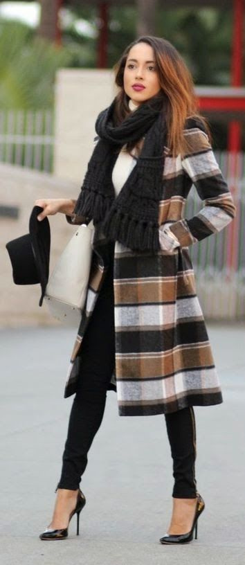 cute outfits with plaid coats 7