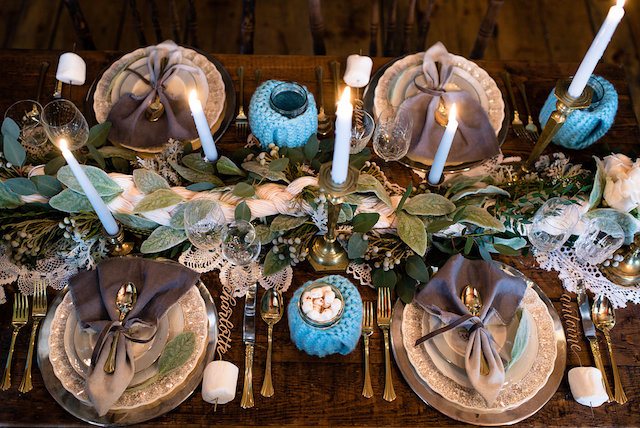 Knit wedding tablescape for a winter wedding | Lovely Peonies Photography | see more on: http://burnettsboards.com/2015/12/cozy-winter-wedding-knit-details/