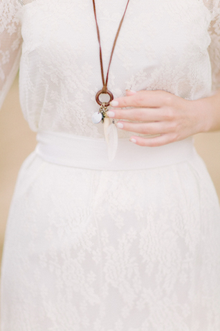 Bohemian bridal jewelry | Sofia Martynova Photography | see more on: http://burnettsboards.com/2015/12/sophisticated-bohemian-bride/