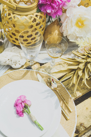Gold natural place setting | Angie Diaz Photography | see more on: http://burnettsboards.com/2015/12/boho-glam-beach-anniversary-shoot-maui/