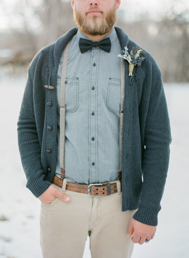 Stylish winter groom | Shannon Von Eschen Photography | see more on: http://burnettsboards.com/2015/12/grooms-shoot/