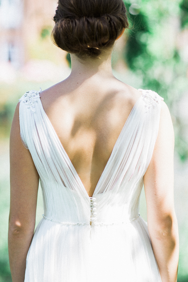 Romantic wedding dress | Bowtie and Belle Photography | see more on: http://burnettsboards.com/2015/12/grecian-garden-wedding-inspiration/
