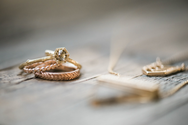 Ethical rings | Stephanie Ramsey and Melissa Malouf | see more on: http://burnettsboards.com/2015/12/christmas-wedding-ideas/