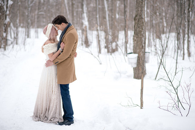 Truvelle wedding dress | Lovely Peonies Photography | see more on: http://burnettsboards.com/2015/12/cozy-winter-wedding-knit-details/
